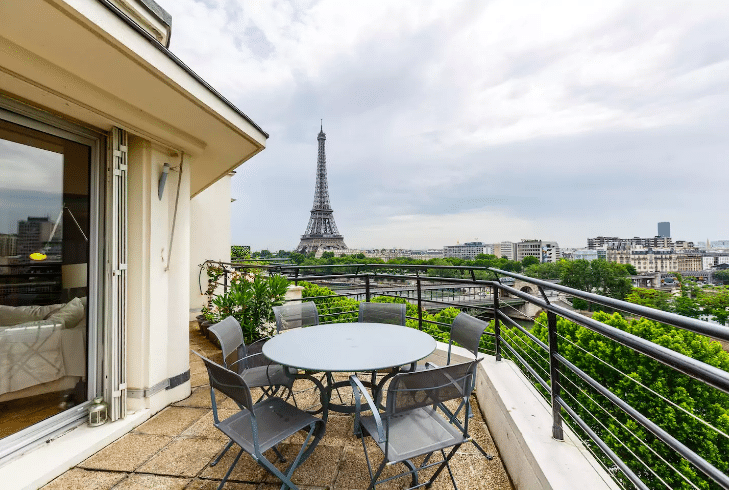 Romantic AirBNBs in Paris - Airbnb near Eiffel Tower