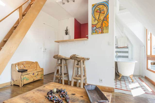 Romantic AirBNBs in Paris - Canal Saint Martin